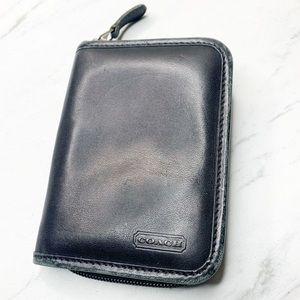 Coach zipped note holder
